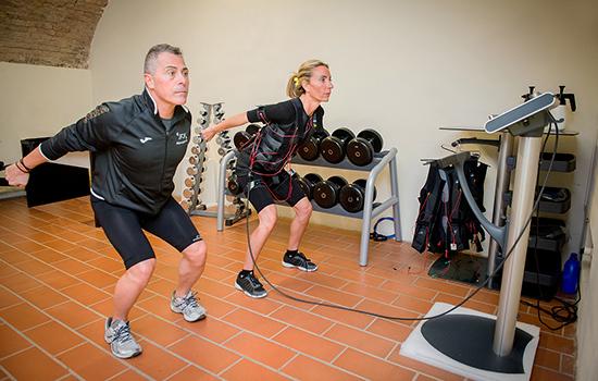 http://www.fisioterapiaizzo.it/wp-content/uploads/2016/10/FIL_0002_ems_500.jpg